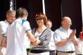 Галина Николаевна вручает награды