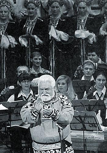 Михаил Апарнев был веселым, жизнерадостным человеком. Таким и останется в памяти. . фото Сергей БАШЛЫЧЁВ