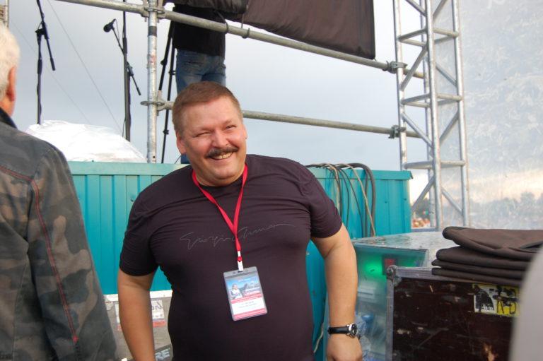 бессменный ведущий, актер, продюсер и композитор Юрий Кузнецов-Таёжный