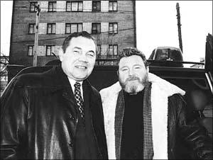 Этот снимок Геннадия Миронова, трагический в свете сегодняшнего дня, был сделан на поминках Виктора Астафьева в ноябре 2001 года.